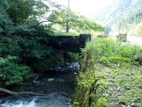 国道303号線旧道-寒谷橋廃橋梁